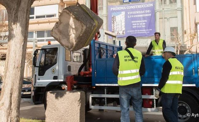 Retiran el último monumento en Cartagena en aplicación de la Ley de Memoria Histórica