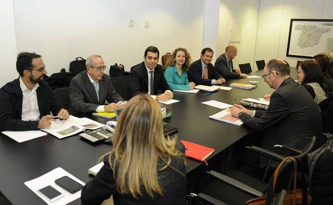 Cartagena Alta Velocidad decidirá este verano cómo se integrará el AVE en la ciudad