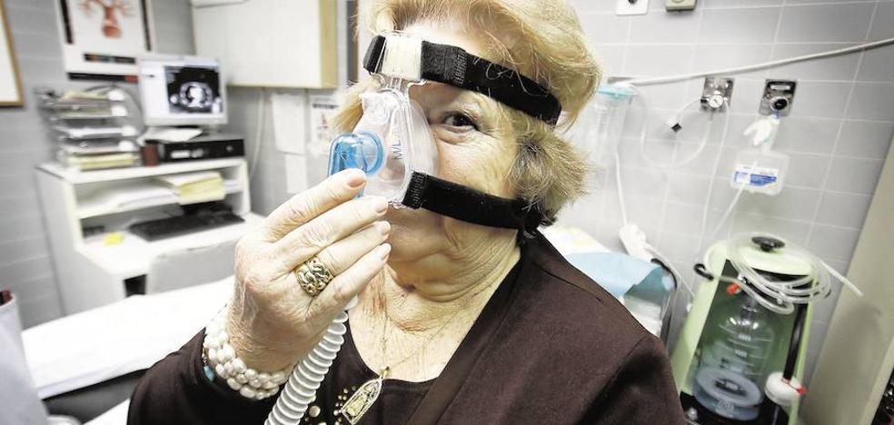 La patronal trata de frenar el concurso de terapias respiratorias del SMS