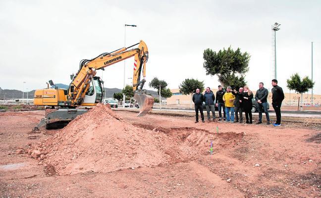 El complejo de La Media Legua tendrá dos piscinas descubiertas en 2019