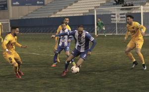 El Lorca Deportiva supera los miedos en casa