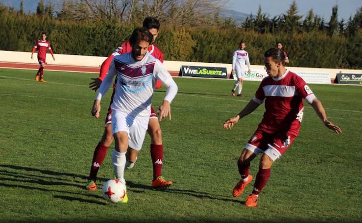 El Jumilla se estrella ante el San Fernando y el árbitro (0-0)