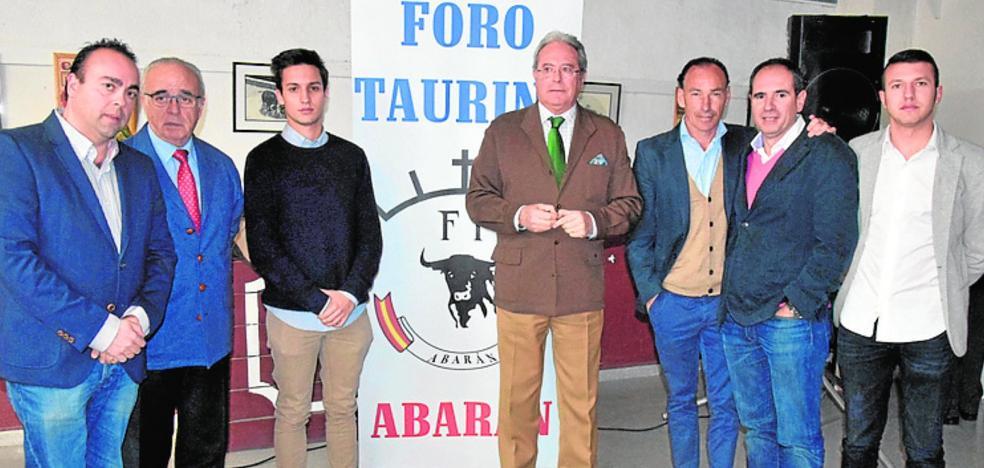 Presentan el Foro Taurino de Abarán, presidido por Miguel Ángel Martínez-Carbonell