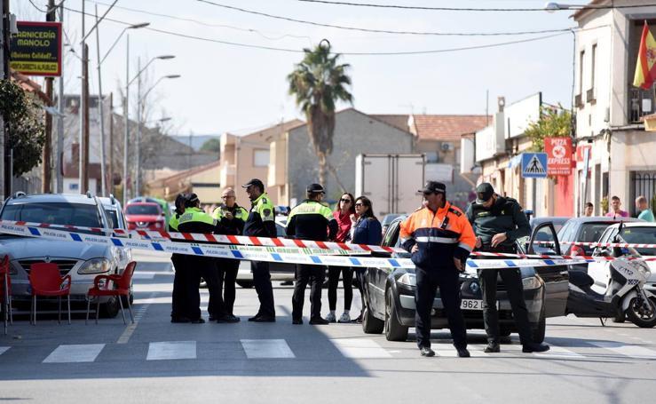 Herida al ser tiroteada en Las Torres de Cotillas por el padre de sus dos hijos