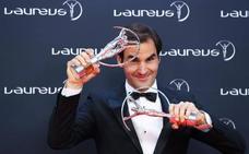Federer se lleva dos Laureus en la noche del tenis