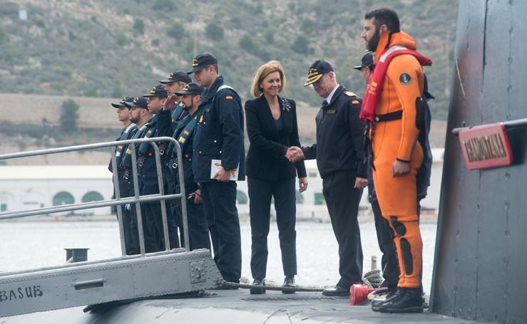 Cospedal en Cartagena: «Los primeros submarinos S-80 podrían estar listos en 2022»