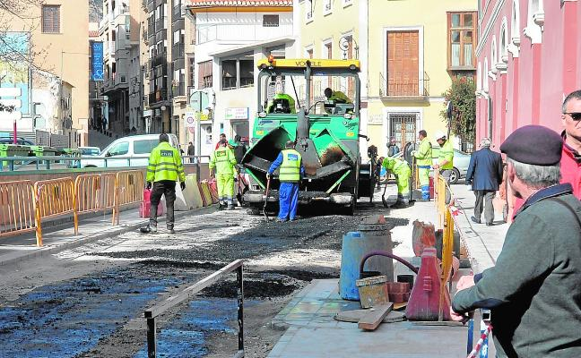 Las obras de Juan Carlos I entran en la recta final con el asfaltado