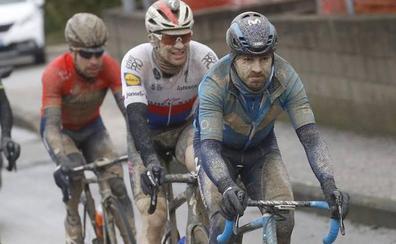 Valverde reacciona tarde y se queda a las puertas del podio de la Strade Bianche