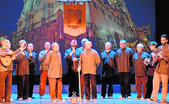 300 bailarines llenan el Teatro Guerra en la gala Francisco Salzillo