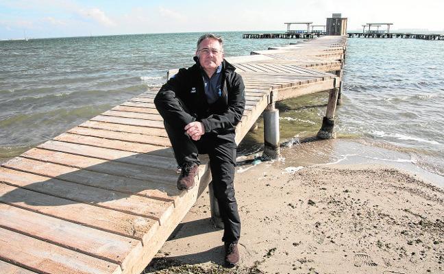 José Luis Alcaide: «El Mar Menor se muere, pero aún espero volver a bañarme en aguas cristalinas»