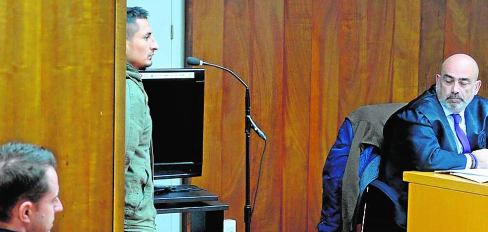 Otros 22 años de cárcel para una banda de encapuchados que asaltó pisos y gasolineras