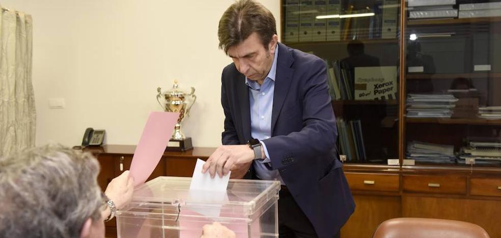 Artal y Gómez piden repetir las votaciones en las urnas anuladas en las elecciones de la UMU