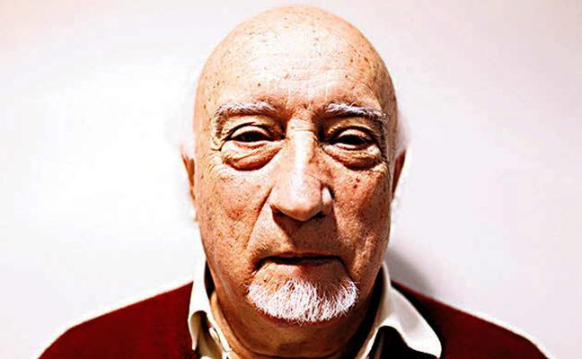 Manuel Vicent: «La destrucción llegará por un idiota»