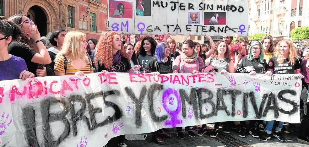 Clamor por la igualdad de género en una jornada histórica de fiesta y reivindicación