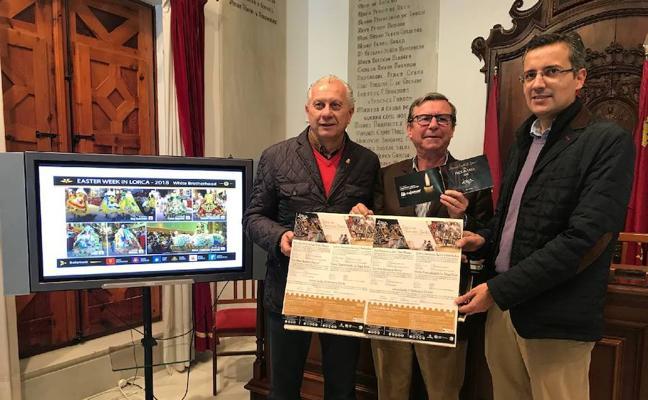 Lorca edita 16.000 programas con los actos de la Semana Santa