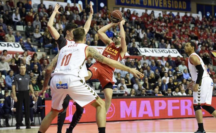 El UCAM vuelve a saborear la victoria tras vencer a San Pablo Burgos