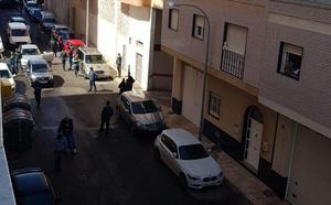 La novia del padre de Gabriel ha sido detenida cuando llegaba al garaje con el cadáver escondido