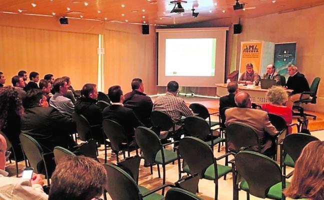 Alumnos de Minas aprenden en Pinoso sobre tecnología de explosivos