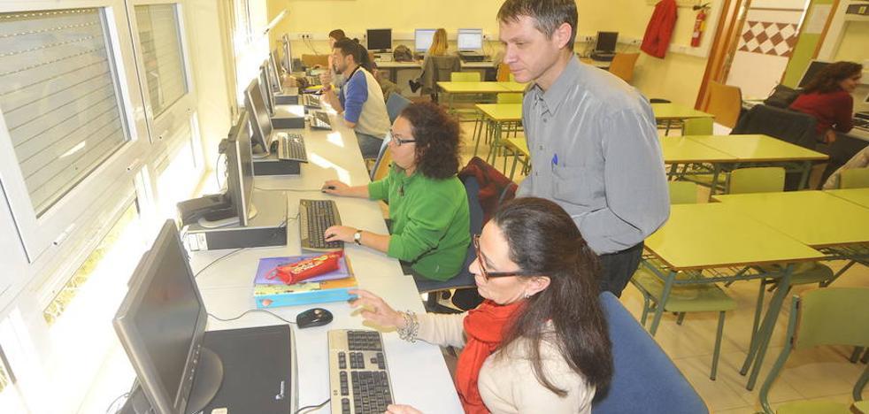 Casi la mitad de los alumnos de los cursos del SEF encuentran empleo en 6 meses