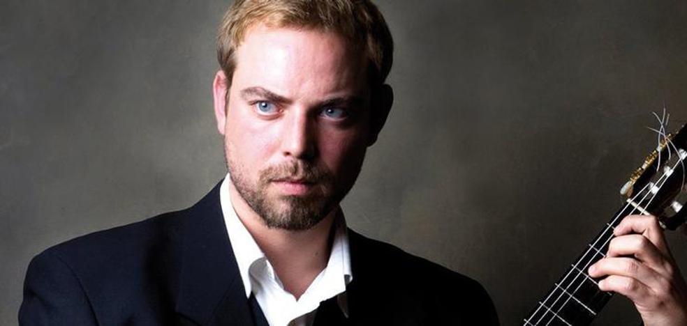 El guitarrista noruego Anders Clemens