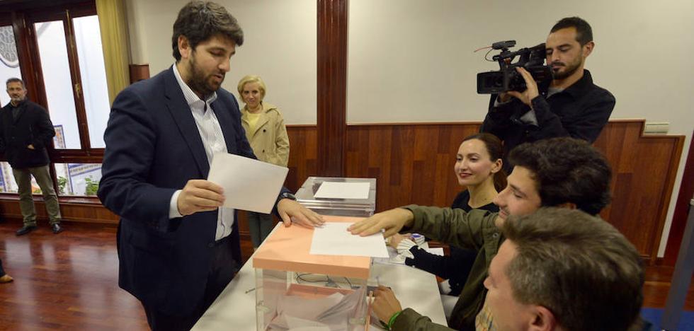 Miras barre en las urnas y se asegura su reelección como presidente del PP