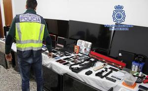 Desarticulado un grupo criminal que saqueó 68 casas en pedanías de Murcia