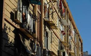 El Ayuntamiento de Murcia revisa la seguridad de las viviendas de La Paz