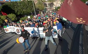 Policías y guardias civiles se manifiestan en Murcia por la equiparación salarial
