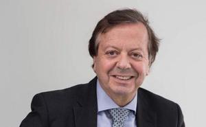 Javier Cabo: «En las facultades de Medicina se debería dar un poco de robótica, de nanotecnología...»