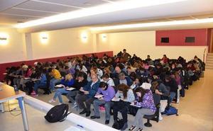 Ofrecen 57 cursos gratuitos para preparar las pruebas de ESO y Bachillerato