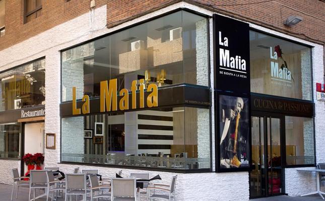 La Justicia anula la marca de la cadena española 'La mafia se sienta a la mesa'