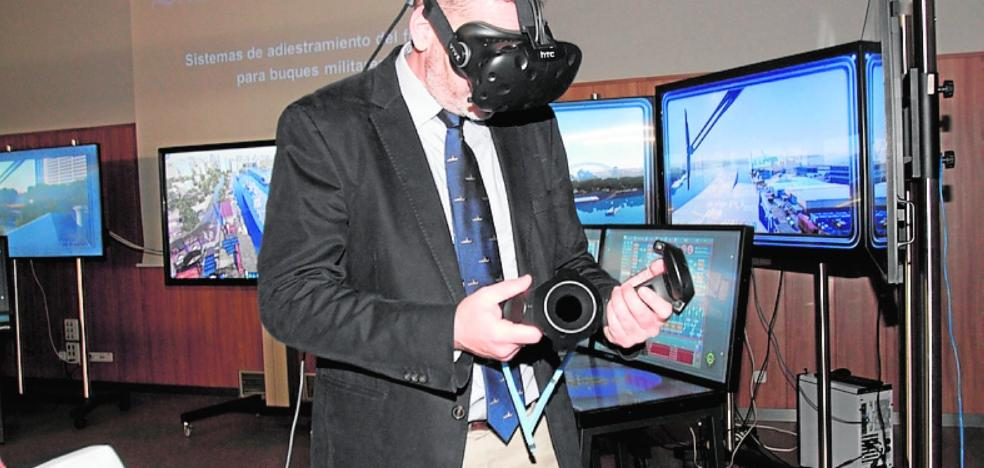 Navantia exhibe un simulador de manejo de buques militares