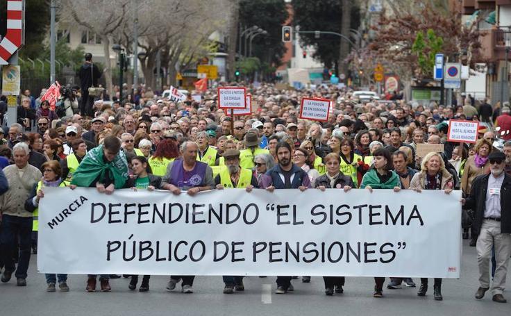 Manifestación por las pensiones en Murcia