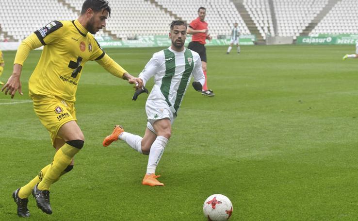 El Lorca Deportiva saca un punto en su visita al Córdoba B (1-1)