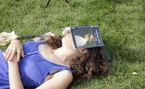 7 cosas que tu cerebro hace mientras duermes y no sabías
