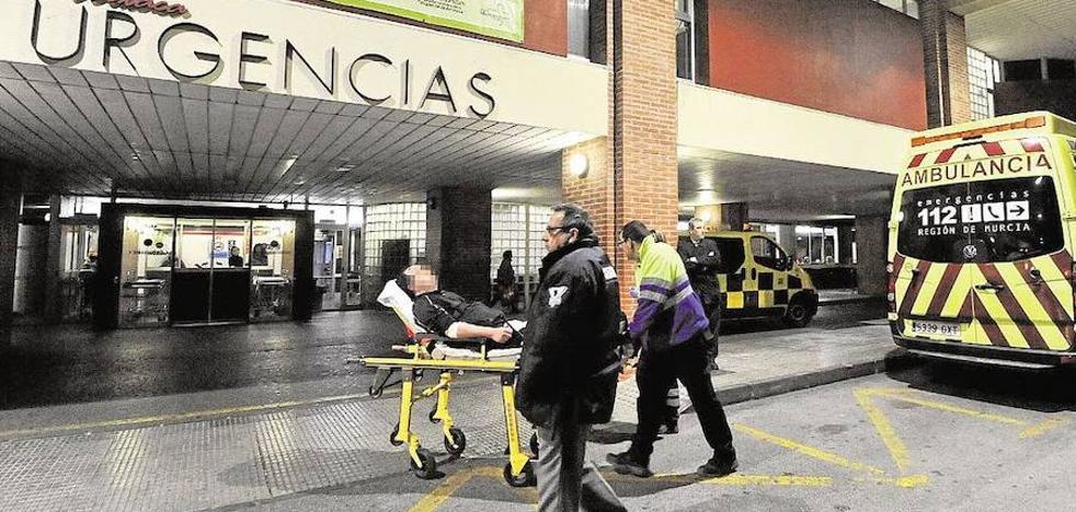 Un preso reincidente logra fugarse aprovechando un traslado a La Arrixaca