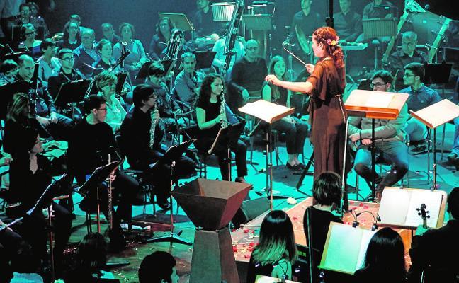 Músicos y público, unidos en un espectacular concierto en el TCM