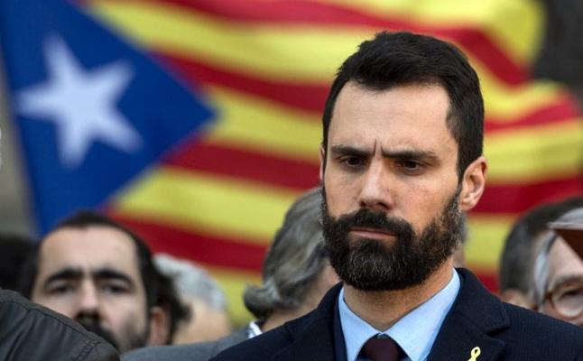 El Parlament de Cataluña aborda si tramita la reforma legal para investir a distancia