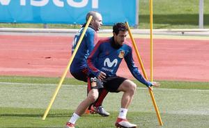 España se entrena sin Piqué