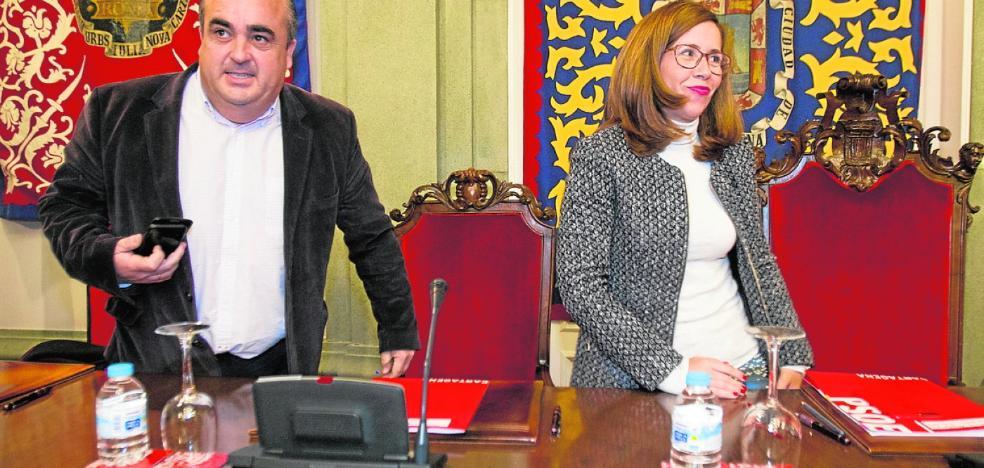 Castejón sopesa aprobar los presupuestos municipales tras una moción de confianza