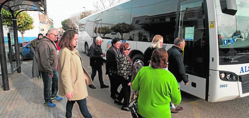 El Ayuntamiento solicita gestionar el autobús de línea de La Palma