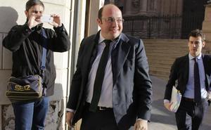 Sánchez dice al juez que siguió el criterio de los técnicos al contratar las obras