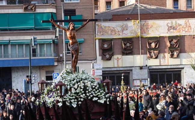 La Fe, sobria y de estreno en Murcia