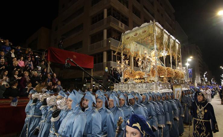 Viernes de Dolores en Lorca: Desolación y júbilo en la noche azul
