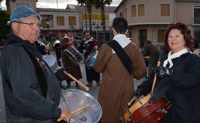 El ruido de los tambores llena el aire de la Semana Santa de Las Torres