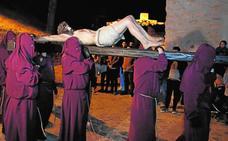 Austeridad en la bajada del Crucificado
