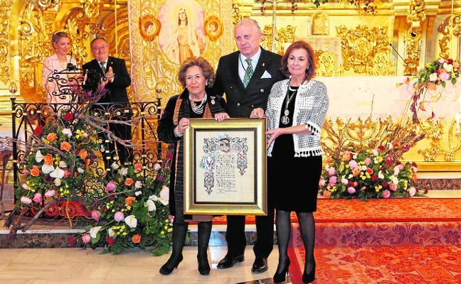 Galardón honorífico del Paso Blanco a María José Ruiz Cervera