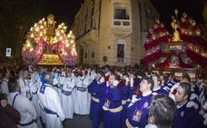 El Encuentro se recoge al alba con miles de fieles en las calles