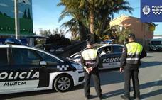 Un muerto y una mujer herida en un accidente en Zarandona