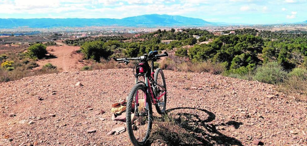 Ruta por el Cordel de los Valencianos para celebrar el Día de la Bicicleta